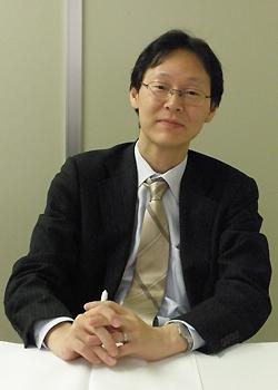 代表取締役・吉田文吾
