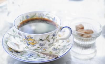 コーヒーの共起語は砂糖など